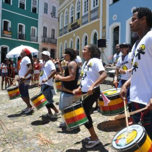 Tour Bahia Full Emotion - Olodum