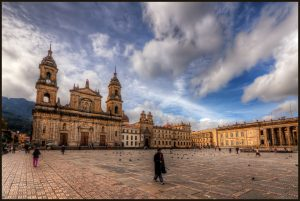 Plaza de Bolivar, Bogota, Colombia la rotta delle emozioni