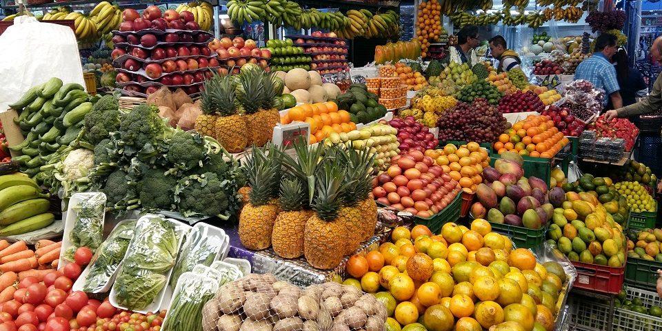 una giornata al mercato colombia